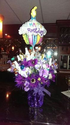 Creative and Unique Birthday Gifts Ideas for Your Boyfriend - Beer Cake 21st Birthday Bouquet, 21st Birthday Presents, Birthday Gift Baskets, Unique Birthday Gifts, Diy Birthday, Birthday Parties, Birthday Ideas, Purple Birthday, Alcohol Bouquet