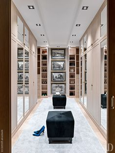 The best of luxury closet design in a selection curated by Boca do Lobo to inspire interior designers looking to finish their projects. Discover unique walk-in closet setups by the best furniture makers out there. Dream Closet Design, House Design, Room Design, Home, Luxury Homes, Closet Vanity, Closet Designs, Closet Decor, Dressing Room Design