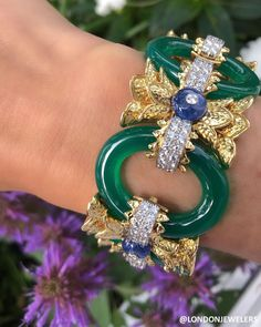 A David Webb beauty Platinum link bracelet with sapphires, diamonds, and bea… – Jewelry Wire Jewelry Earrings, Jade Jewelry, Jewelry Making Beads, Statement Jewelry, Pendant Jewelry, Jewelry Accessories, Jewelry Design, Jewellery, Ruby And Diamond Necklace