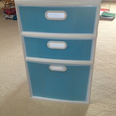 Accessorizing ordinary white storage drawers for college dorm :)
