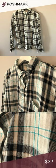 JCrew Top Ladies Button Up Top, cute colors, very lightly worn great condition J. Crew Tops Button Down Shirts
