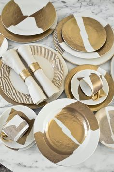 gold plates, gold napkin ring