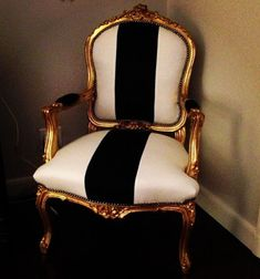 Chair upholstery inspiration - no. 1 for my dining set refurbishment, maybe this upholstery Living room chairs Black And White Chair, Black White Gold, Chair Upholstery, Upholstered Chairs, Paint Upholstery, Upholstery Repair, Upholstery Cleaning, Chair Fabric, Chair Cushions