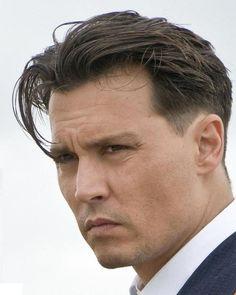 Johnny Depp as John Dillinger in Public Enemies Johnny Depp Public Enemies, Top Hairstyles For Men, Mens Modern Hairstyles, Fashion Hairstyles, Japanese Hairstyles, Korean Hairstyles, Johnny Depp News, Here's Johnny, Johnny Depp Hairstyle