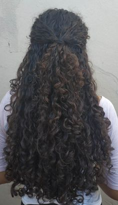 Curled Hairstyles, Pretty Hairstyles, Hair Inspo, Hair Inspiration, Cabelo Inspo, Highlights Curly Hair, Natural Hair Styles, Long Hair Styles, Super Long Hair