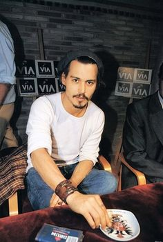 I don't care if he's like 50. He's soooo sexy. Actors & Actresses, Young Johnny Depp, Here's Johnny, Hollywood, Hello Beautiful, Gorgeous Guys, Beautiful People, Beautiful Men, Beautiful Things