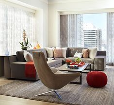 decorating with red in a modern living room- red as accent color