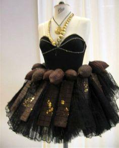 Evening dress Chocolate Fashion, Female Girl, Evening Dresses, Couture, Girls, Food, Evening Gowns Dresses, Toddler Girls, Daughters