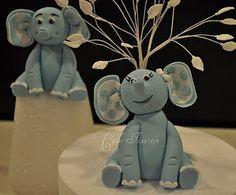 http://cakefixation.blogspot.com/2010/11/how-to-make-fondant-elephant.html
