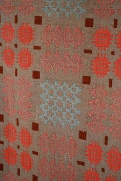 JW284: Vintage Welsh Blanket: Pinks & Caramel