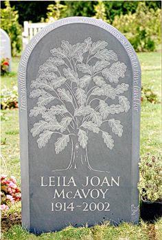 Relief Oak Tree on green slate Memorial Cemetery Monuments, Cemetery Headstones, Cemetery Art, Lilies Drawing, Memorial Stones, Art Carved, Oak Tree, Stone Carving, Creative Art