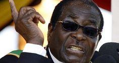 El presidente de Zimbabue llegó al Centro de Convenciones Hugo Chávez en…