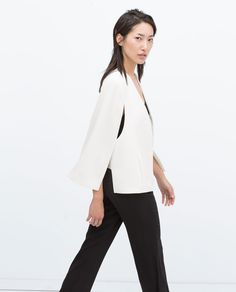 A white cape jacket is high on our new season wish-lists as a modern alternative to the classic blazer for easy summer dressing. Cape Jacket, Blazer Jacket, Capes For Women, Jackets For Women, White Blazer Women, I Dress, What To Wear, Normcore, My Style