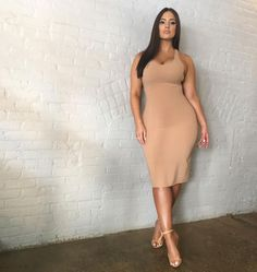 Ashley Graham Shook Up the Plus-Size Debate and Became 2016's Breakout Supermodel