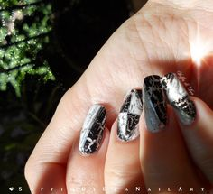 "Nail Art ""Black and White"""