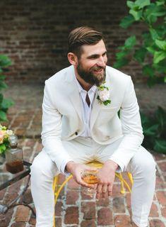 All white suit. Summer wedding suit ideas grooms #groom #suit