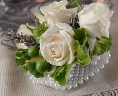 13 DIY Wedding Corsages For Your Bridesmaids | HappyWedd.com #PinoftheDay #DIY #wedding #corsages #bridesmaids