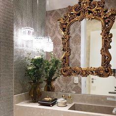 Detalhes de um #lavabo delicado e lindo by Mariane e Marilda Baptista. Destaque para a moldura dourada sobreposta ao espelho. Amei! @pontodecor Via @maisdecor_ www.homeidea.com.br Face: /homeidea Pinterest: Home Idea #bloghomeidea #olioliteam #arquitetura #ambiente #archdecor #archdesign #projeto #homestyle #home #homedecor #pontodecor #homedesign #photooftheday #love #interiordesign #interiores #cute #picoftheday #decoration #revestimento #decoracao #architecture #archdaily #inspiration…