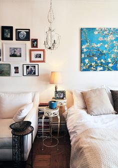 Bachelor/studio apartment, home decor, interior design