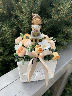 Nylon Flowers, Wedding Decorations, Table Decorations, Hobby, Flower Arrangements, Sweet Home, Decorating, Spring, Gifts