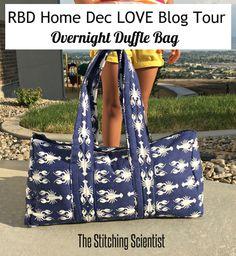RBD Home Dec LOVE Blog Tour: Overnight Duffle Bag DIY // Fabric: Navy Lobster Home Dec from Riley Blake Designs #iloverileyblake #lobster #homedec #blogtour #dufflediy #thestitchingscientist