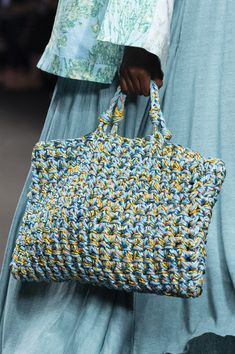 Crochet handbags 27725353944700002 - Anteprima at Milan Fashion Week Spring 2020 – Details Runway Photos Source by Crochet Handbags, Crochet Purses, Crochet Bags, Knitted Bags, Knit Crochet, Knit Bag, Crochet Style, My Bags, Purses And Bags