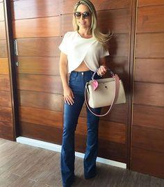 A linda @elisamaroja arrasou neste look com calça couro indigo @artsybrasil �...