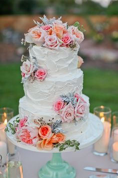 cake... love the real flowers