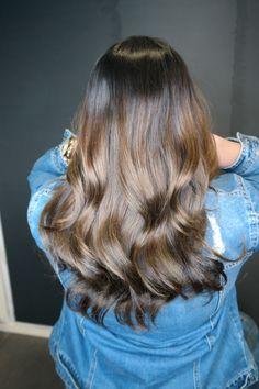 Haarverlenging met Greatlengths haarextensions balayage ombre Hairstyles, Long Hair Styles, Beauty, Haircuts, Hairdos, Hair Makeup, Long Hairstyle, Long Haircuts, Hair Cuts