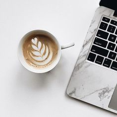 Perfect Tips And Trips For Coffee Drinkers - aromaticoffee Coffee Is Life, I Love Coffee, Coffee Break, Coffee Time, Morning Coffee, Coffee Latte, Coffee Shop, Coffee Cups, Coffee Lovers