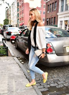 Olivia Palermo in skinny jeans and a skinny scarf.