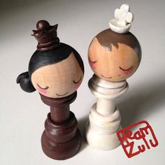 Where are my competitive chess-playing couples at? #wedding #cake #toppers