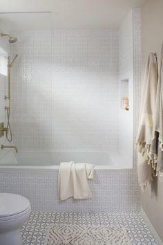 Los Angeles Beach House Bath | Fireclay Tile Shower Floor Tile, Bathroom Floor Tiles, Custom Shower Pan, Fireclay Tile, Mid Century Modern Kitchen, Style Tile, Mid Century House, House Bath, Beach Houses