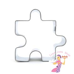 A Jigsaw Piece Shaped Cookie Cutter, this cutter would be perfect for Cookies, Cookie Pops, or cutting out fondant decorations for cakes. Size: 4.5cm x 4.5cm