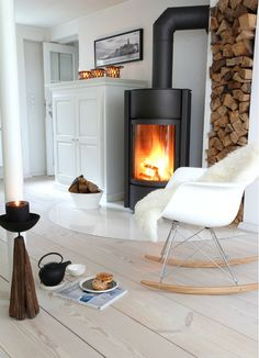 30 Stunning Scandinavian Fireplace Design Ideas To Amaze Your Guests Interior Exterior, Room Interior, Interior Architecture, Interior Design, Scandinavian Fireplace, Scandinavian Home, Living Tv, Home Living Room, Rustic Fireplaces