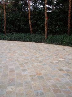 Eco Outdoor - Cobblestones - Cobb & Co split stone cobbles used for driveway