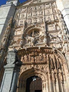 Fachada de la Iglesia de San Pablo