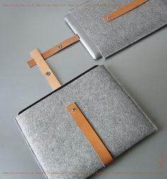 FUSION sleeve for iPad 1 or iPad 2 sleeve german wool felt and pure leather