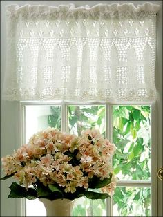 Picket Fence Lace Valance (Knitting) Pretty embroidered flowers border this lacy valance that would look beautiful in any room of your home. For another look, use soft pastel colors for the floral embroidery.