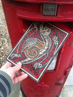 In it goes! My Mail Me Art Submission is on it's way. Snail Mail Me Art by Rod Hunt, via Flickr http://www.rodhunt.com