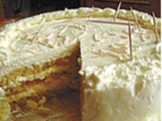 GENOISE is an Italian sponge cake made with vanilla, sugar, eggs and flour. Baked and cooled, the genoise is a simple cake recipe, spruced up with butter-cream frosting. Genoise Sponge Cake Recipe, Genoise Cake, Cake Recipes Uk, Sponge Cake Recipes, Italian Sponge Cake, Daily Express, Vanilla Cream, Savoury Cake, Buttercream Frosting