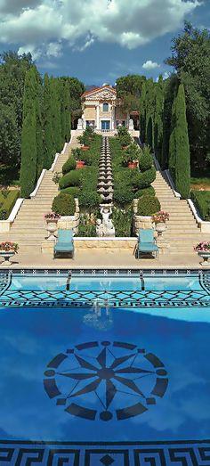 Luxury Estate v