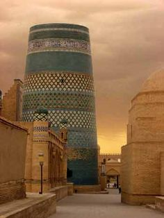 Landscaping With Rocks - How You Can Use Rocks Thoroughly Within Your Landscape Style A Sand Storm Approaches Khiva Islamic Architecture, Amazing Architecture, Art And Architecture, Architecture Details, Beautiful Buildings, Beautiful Places, Places Around The World, Around The Worlds, Peking
