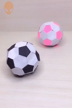 Jan 2020 - 10 pretty and amusing origami ideas DIY tutorials videos part 13 Pretty and Amusing Origami Ideas – DIY Tutorials Videos Diy Origami, Origami Guide, Paper Crafts Origami, Origami Tutorial, Diy Tutorial, Cool Paper Crafts, Diy Paper, Fun Crafts, Crafts For Kids