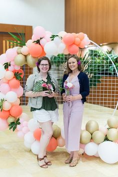 A wedding show event recap of the 2019 Love It Up Town Center in Virginia Beach, Virginia. Wedding Show, Our Wedding, Virginia Is For Lovers, Mimosa Bar, Tropical Style, Virginia Beach, Wedding Events, Tulle, Romance