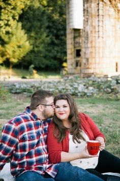 {Curvy Engagement} Fall Orchard Engagement Session
