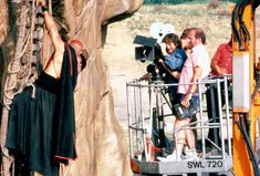 47 Behind The Scene Photos From Movie Sets