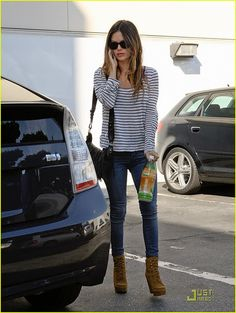 Rachel Bilson. Love the striped shirt, skinny jeans, and boots.