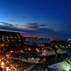 #sunset #instasunrise #boats #ships #codzilla #BHC #Boston #clouds #beautiful By Instagramer @eddie_getman Iconosquare – Instagram webviewer