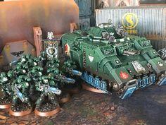 Plasma bois and their exploding float-bus. Warhammer Dark Angels, Dark Angels 40k, Warhammer 40k Figures, Warhammer Models, Warhammer 40k Miniatures, Warhammer 40000, Mini Paintings, Paint Schemes, Space Marine